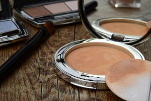 Polvos de maquillaje hipoalergénicos